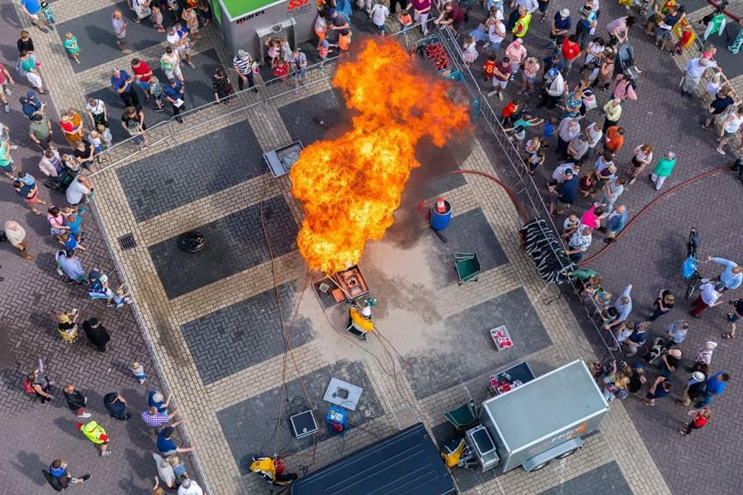 ProFhire demonstreert blusmiddelen voor open dag Brandweer Oegstgeest